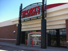 Sports Authority to Close